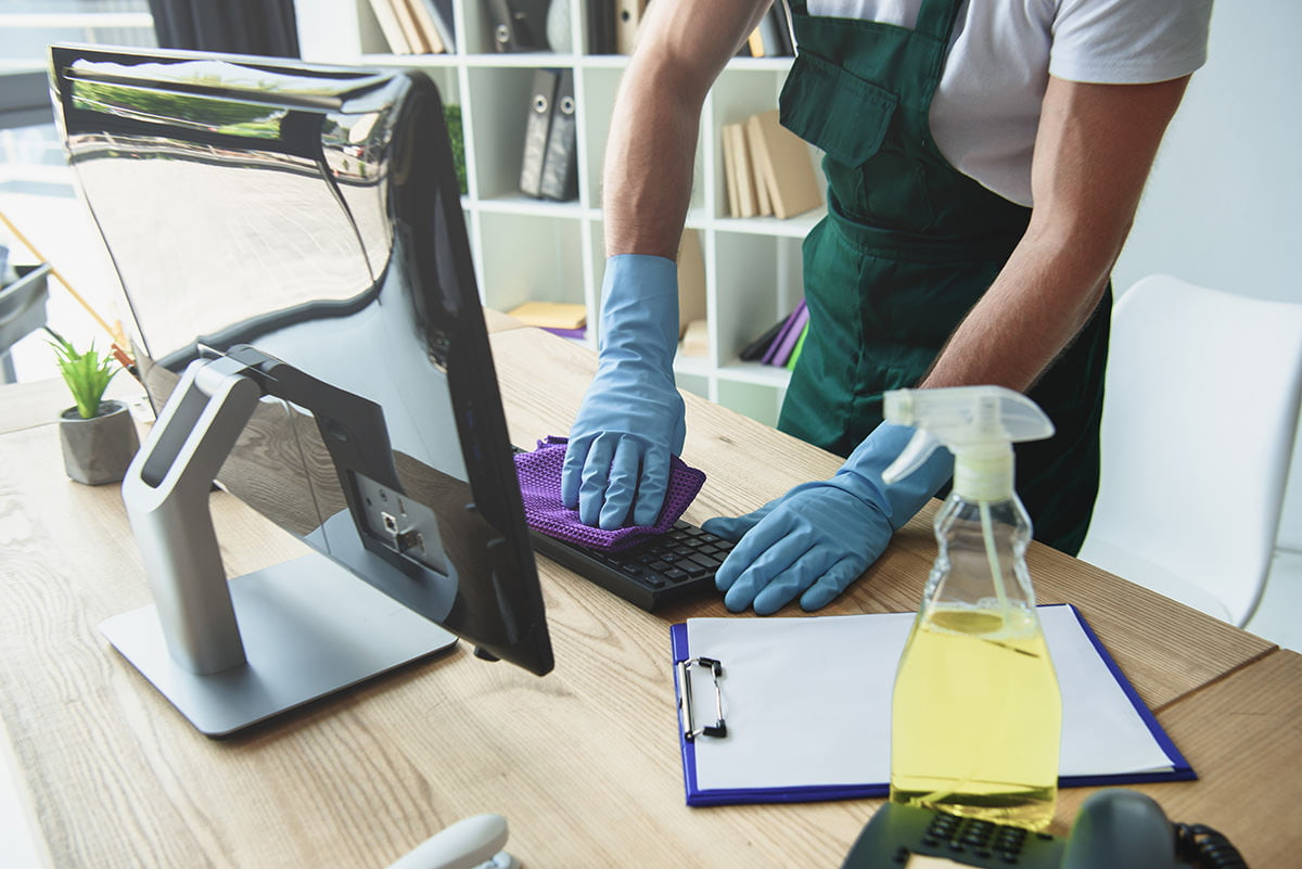 S y E Limpiezas y Reformas. Oficinas y despachos profesionales. Limpiezas y desinfección.